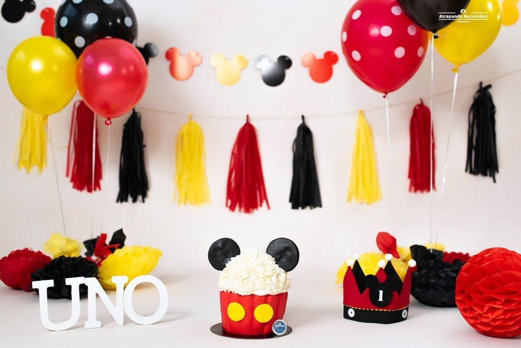 smash cake decorado de mickey mouse