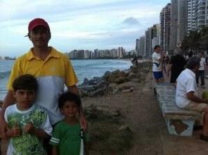 O calçadão da Praia de Iracema, em Fortaleza