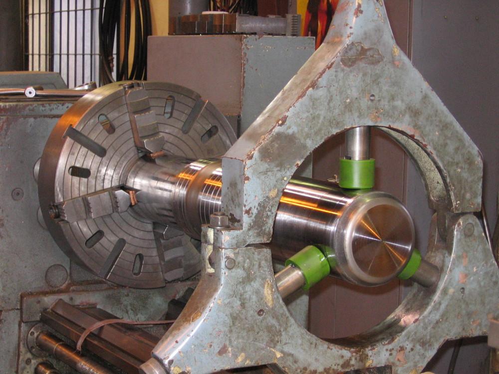 ASC specializes in hydraulic breaker repair