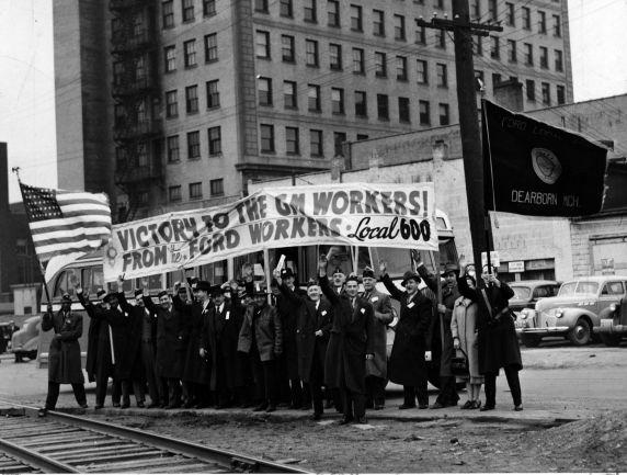 Διαδήλωση μελών του τότε μη επίσημα αναγνωρισμένου Dearborn Ford Local 600, Flint, Michigan.