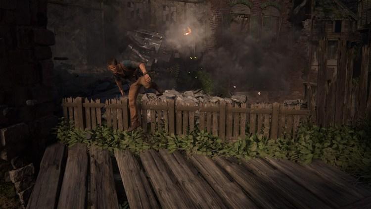 Questa scena spettacolare richiama Crash, con il bilndato a fare da roccia e le staccionate da saltare mentre il giocatore corre verso la telecamera. Giocarla con in mente il dialogo tra Elena e Drake nel capitolo 4 la rende anche più bella e divertente.
