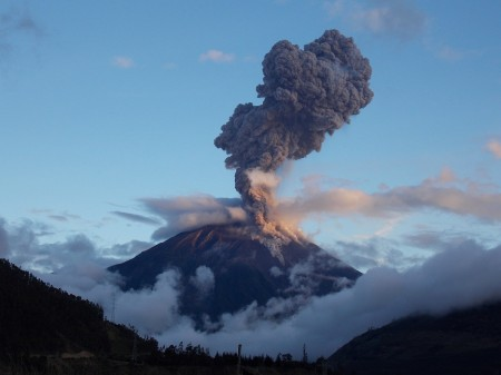 tungurahua ecuador april 4 2014