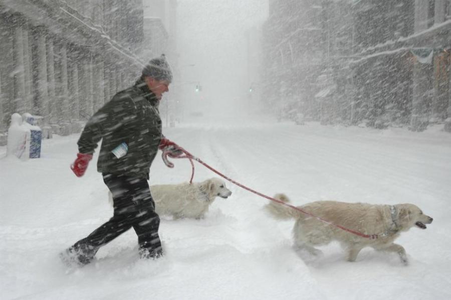 56798669jf001-snow-storm