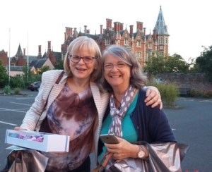 About Attract Readers Founders Ute Wieczorek-King and jean Wolfe