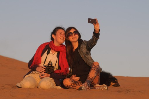 Selfie de Julie et Vanessa à Las Dunas de ConCon