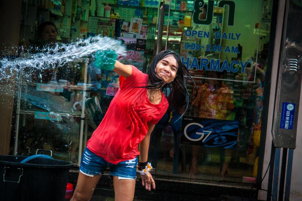 Songkran_Silom