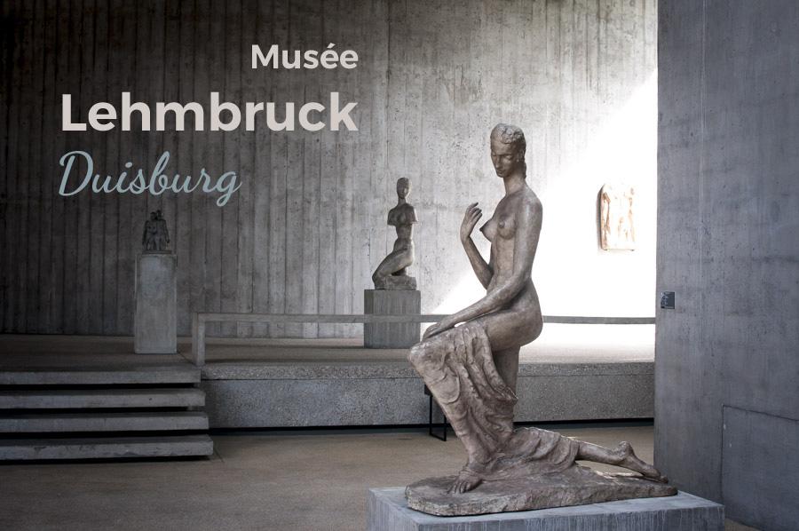 Chatter en ligne à Duisburg-Allemagne.
