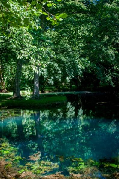 château de Beaulon - les fontaines bleues