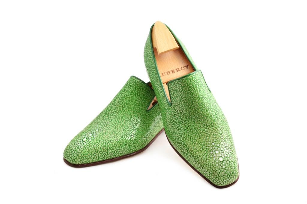 Le mocassin loafer Sonio en galuchat vert