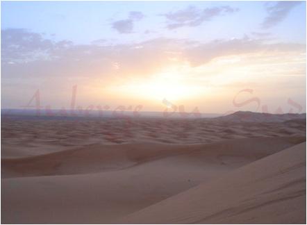 nascer do Sol nas dunas Marrocos