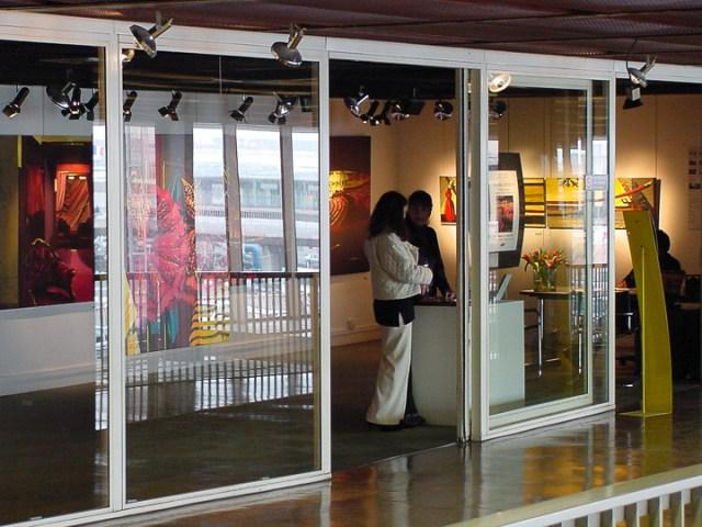 Exposition-Peintures-de-l-Opera-par-Michelle-AUBOIRON-Galerie-d-art-de-l-aerogare-Paris-Orly-ouest-2001-3