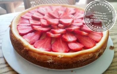 Gâteau au fromage au chocolat blanc et aux fraises - Auboutdelalangue.com