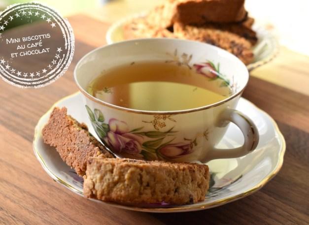 Mini biscottis au café et chocolat - Auboutdelalangue.com