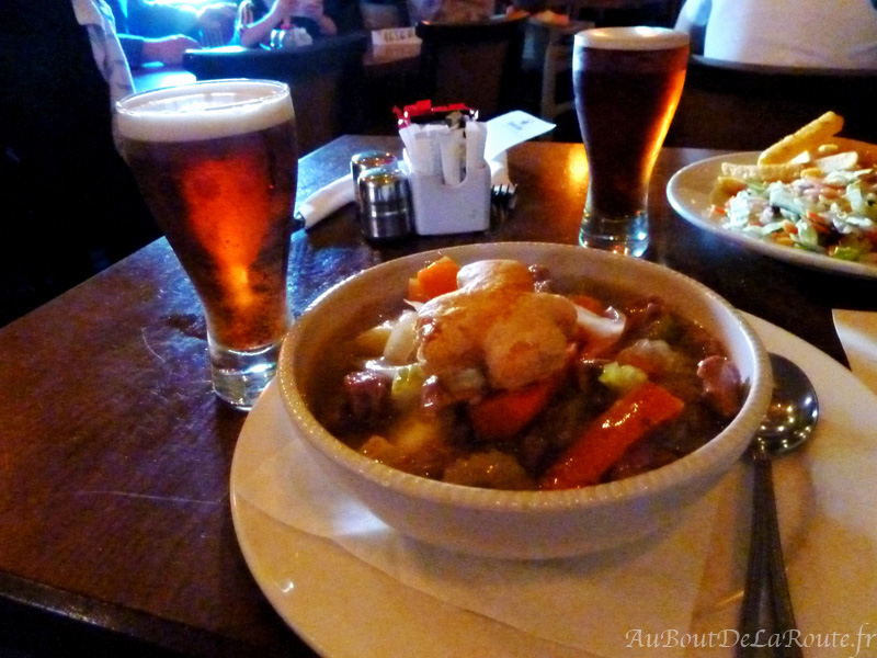Irish Stew & Kilkenny beer at Kyteler's Inn