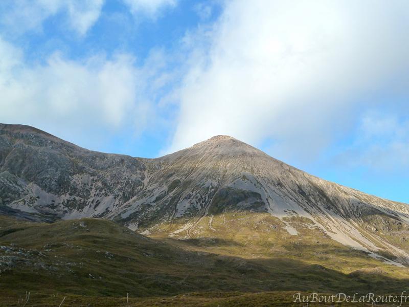 Mont liatach