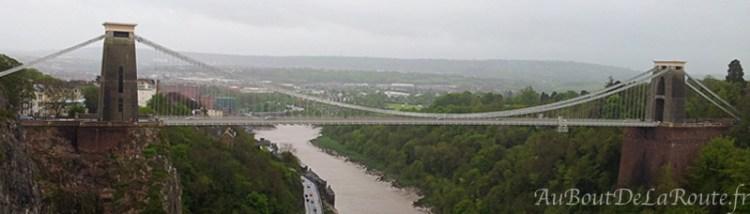 Vue sur le Clifton Suspension Bridge depuis l'observatoire