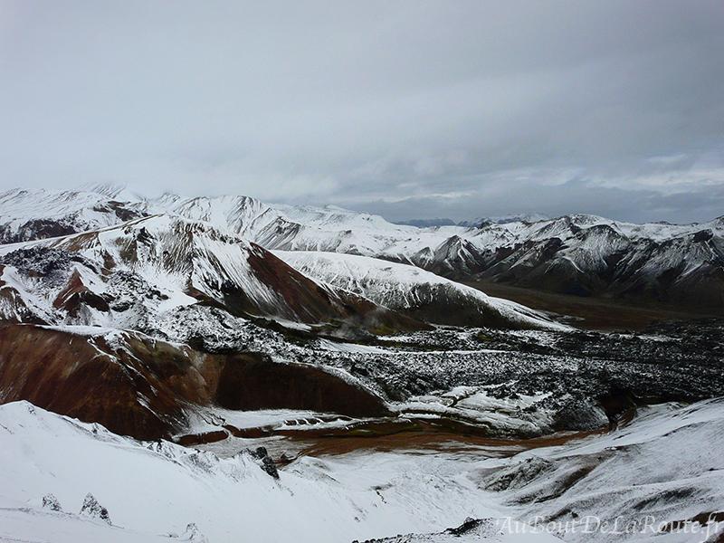 Vue sur le mont Breinnisteinsalda et le champ de lave de Laugahraun