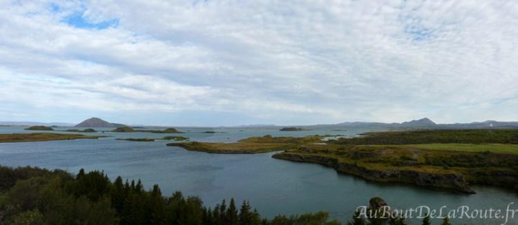 Panorama sur le lac Mývatn de Kálfaströnd