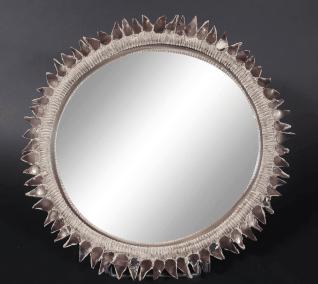 Line VAUTRIN (1913-1997). Miroir circulaire dit sorcière