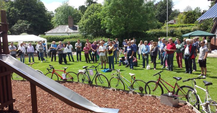 Cycle Auction at Itchen Abbas - 6 June 2014