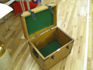 Lot 98 - Small wooden trunk - Sold for £32