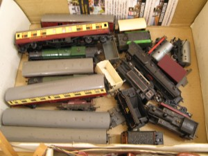 Lot 91 - OO Gauge Triang Trains - Sold for £70