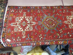 Lot 2 - Rug - Sold for £80