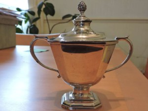 Lot 233 - Christening Cup Sheffield 1940 216.2 grams - Sold for £90