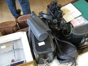 Lot 335 - Large collection of binoculars and spotting scopes - Sold for £55