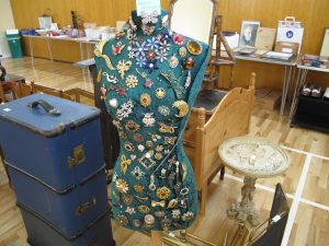 Lot 147 - A mannequin decorated with costume jewellery - Sold for £40