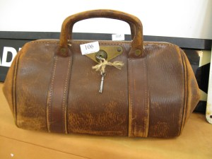Lot 106 - Doctors Bag - Sold for £30