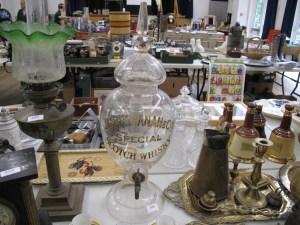 Lot 399 - James Buchanan whisky jar - Sold for £55