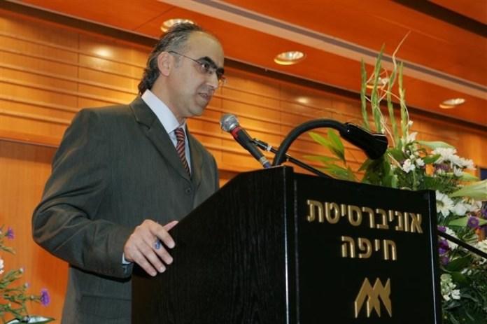Dr. Soli Shahvar, der im Iran geboren wurde, versucht die iranische Kultur den Israelis verständlich zu machen. Foto Meir & Miriam Ezri Center for Iran and Persian Gulf Studies .