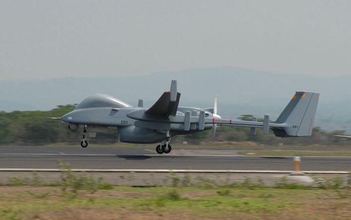 Eine Heron-Drohne beim Start. Foto PD