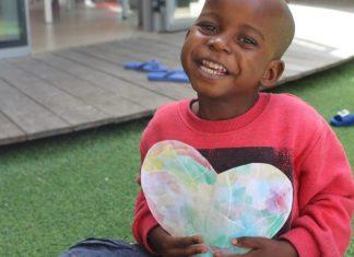 Der dreijährige Daniel aus Tansania wurde im Februar 2018 nach Israel geflogen. Sein lebensbedrohliches Herzleiden wurde erfolgreich behandelt und er wird bald nach Hause zurückkehren. Foto Facebook
