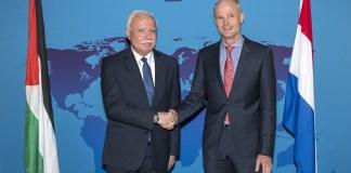Der niederländische Aussenminister Stef Blok mit dem palästinensischen Aussenminister Riad Malki. Foto Buitenlandse Zaken / Aad Meijer. Flickr.com