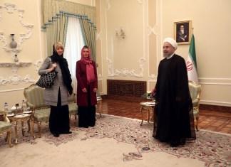 Hassan Rouhani, Federica Mogherini und Helga Schmid (von rechts nach links). Foto © European Union , 2015 / Source: EC - Audiovisual Service / Farzaneh Khademian