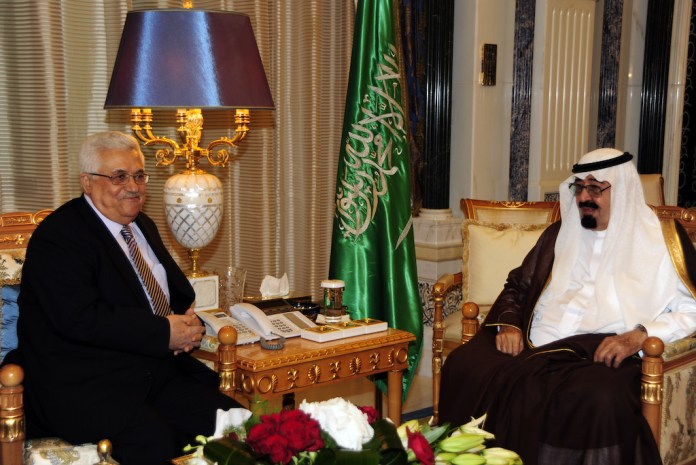 Präsident Mahmoud Abbas in Riad mit König Abdullah bin Abdulaziz von Saudi-Arabien, 2010. Foto Omar Al-Rashidi / Wafa