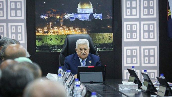 Der Vorsitzende der Palästinensischen Autonomiebehörde, Mahmoud Abbas,bei einem Treffen der palästinensischen Regierung am 29. April 2019 in Ramallah. Foto Flash90.