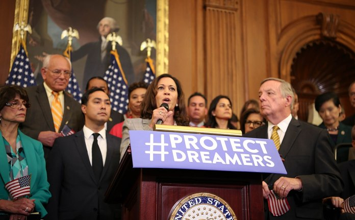 Kamala Harris. Foto Senate Democrats - IMG_9254, CC BY 2.0, https://commons.wikimedia.org/w/index.php?curid=81828366