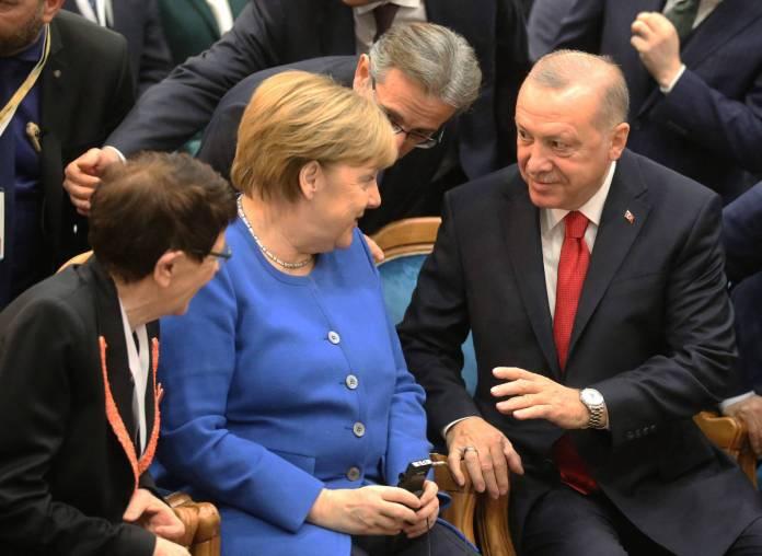 Bundeskanzlerin Angela Merkel an der Eröffnungsfeier der Türkisch-Deutschen Universität mit dem türkischen Präsidenten Recep Tayyip Erdogan in Istanbul am 24. Januar 2020. Foto imago images / Xinhua