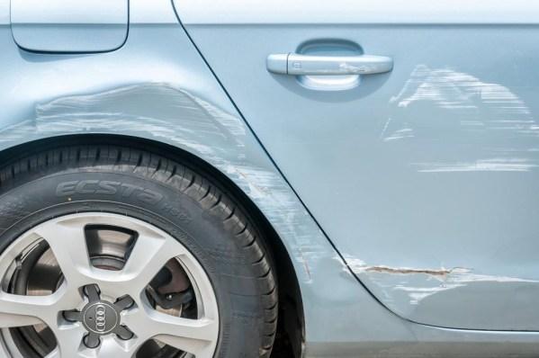 Afbeelding met auto, transport, buiten, wegAutomatisch gegenereerde beschrijving