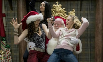 A Bad Moms Christmas Misses Its Comedic Potential