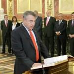 RTVE prevé reducir a la mitad el déficit en 2015, unos 70 millones de euros