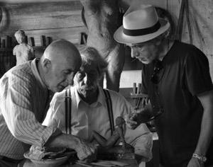 Fernando Trueba (derecha), en el rodaje de 'La artista y la modelo'