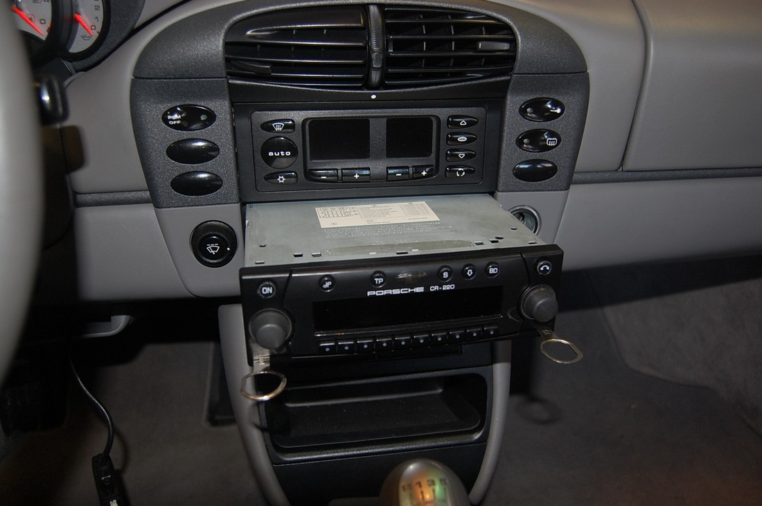 Bluetooth And Aux Input Install 996 With Becker Radio
