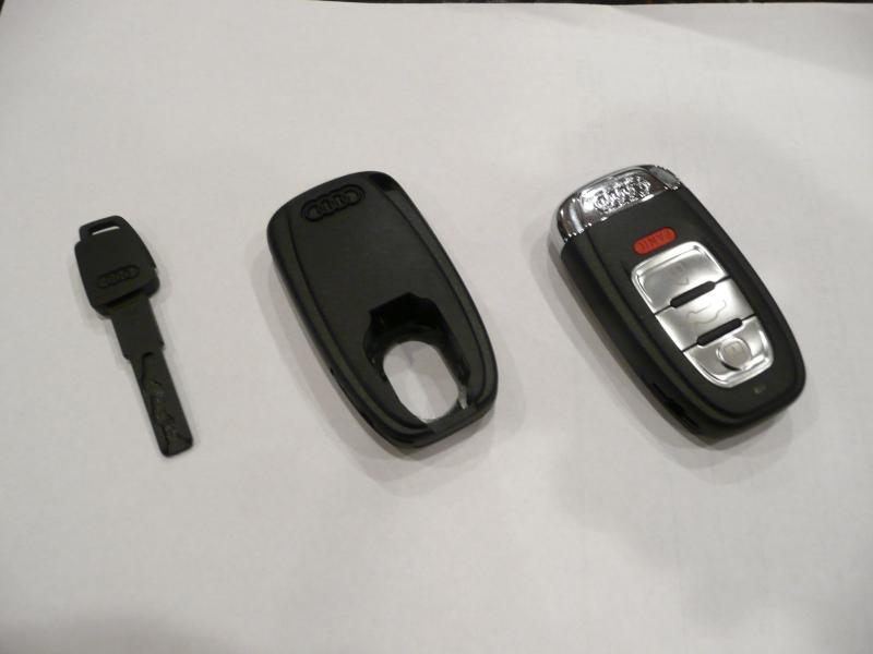Wallet Valet Emergency Key