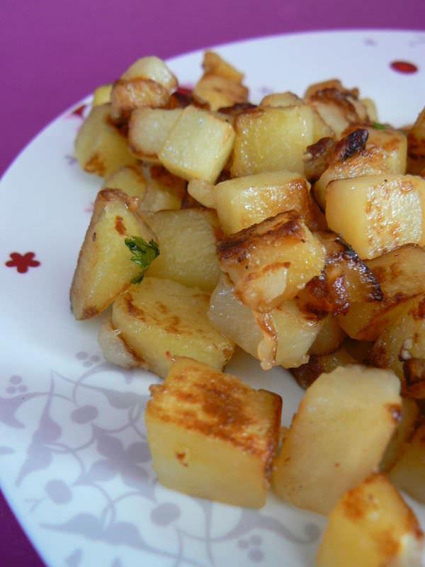 Les pommes de terre saut es parfaites ma p 39 tite cuisine - Comment couper des pommes de terre en cube ...