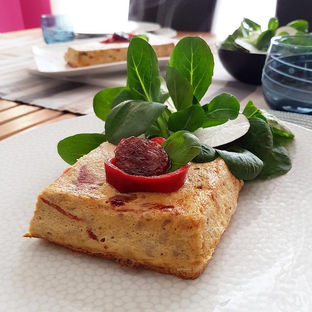 Croque-quiche au thon & piquillos