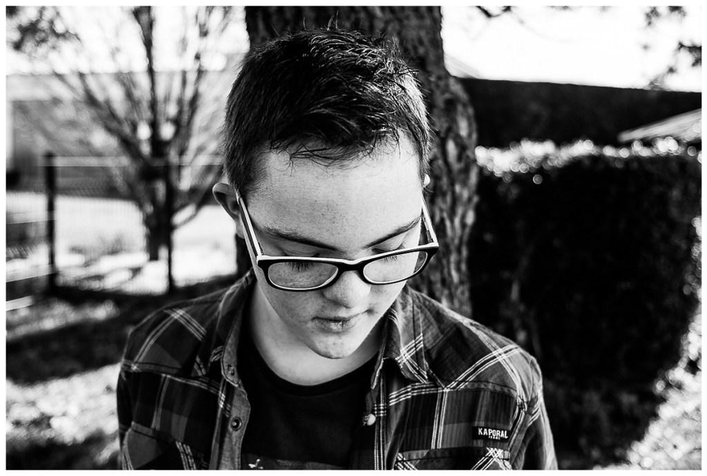 shooting national trisomie 21, audrey guyon, photographe handicap, trisomie 21, tombee du nid, handicap, photographier le handicap, photographe famille normandie, photographe interprete, photographe emotions